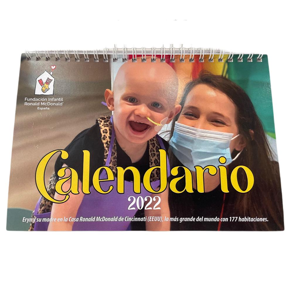 Calendario solidario 2022 de sobremesa con preciosas fotografías de niños